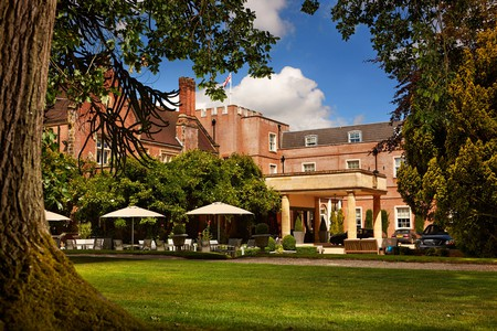 Enjoy afternoon tea and a tranquil night's sleep before your flight at Alexander House
