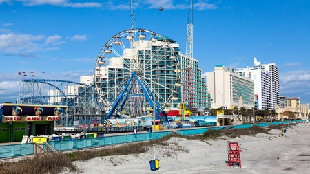 With a Ferris wheel and roller coaster, the Daytona Beach Boardwalk is a great destination for families