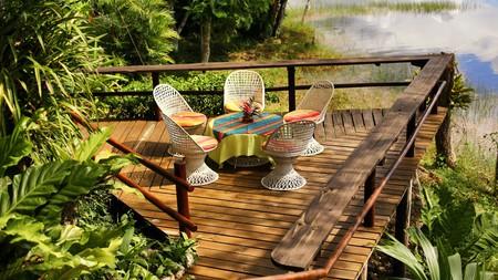 Enjoy tropical vibes at the Hotel Villa Maya near Tikal National Park, Guatemala