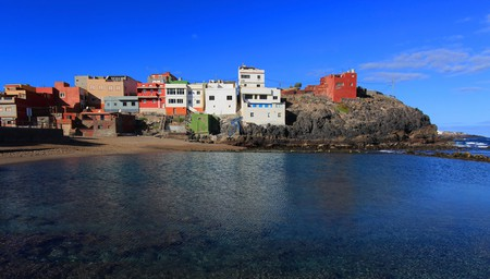 The family-friendly Gran Canaria has many beaches, including Los Dos Roques