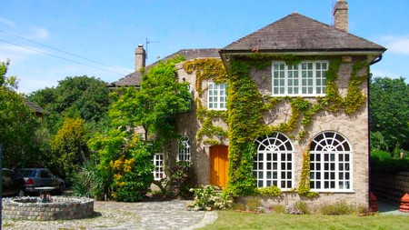 Enjoy peace and quiet around the Welsh countryside at these properties near Gwrych Castle