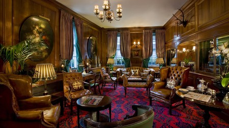 The Chesterfield offers a sense of old world luxury close to Bond Street's boutiques