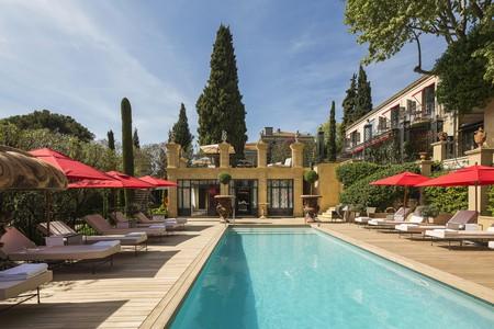 Relax poolside at the Villa Gallici, Aix-en-Provence