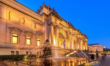 Give yourself plenty of time to explore the Metropolitan Museum of Art with a stay at these nearby hotels
