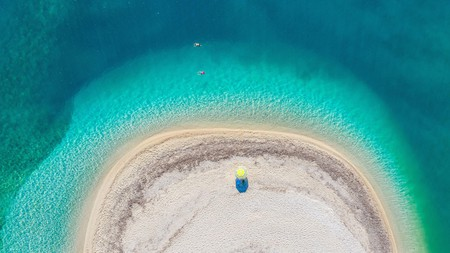 There are many spectacular beaches with turquoise waters on Lefkada, Greece