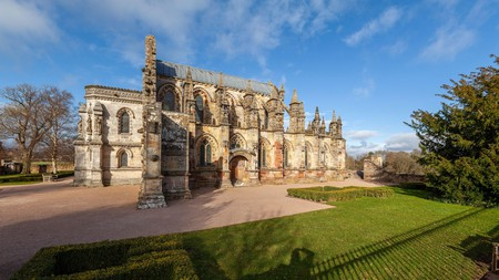 Learn about the legends of the mysterious Rosslyn Chapel and stay nearby on your next trip to Scotland