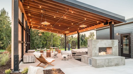 A mix of modern design and nature welcomes you at the Lodges on Vashon