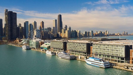 Maximize your time at Navy Pier in Chicago by staying in one of these nearby hotels