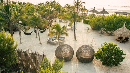Aldea Kuká is an ecofriendly boutique hotel with direct access to a private white-sand beach
