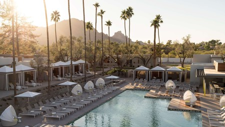 Visit Arizona for endless sunshine amid majestic mountains and enjoy it all from the comfort of your stunning hotel grounds