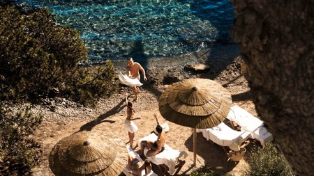 Enjoy a blissed-out beach break just 15 minutes from Palma at the Barceló Illetas Albatros