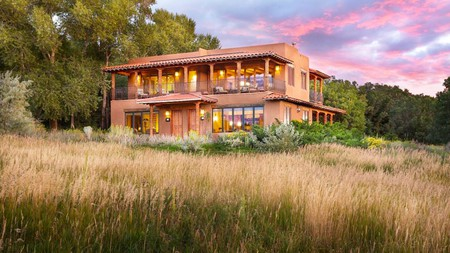 Explore Mesa Verde National Park with a stay at one of these stunning nearby properties