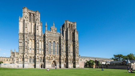 The stunning front of Wells Cathedral wows visitors staying in this pretty Somerset town