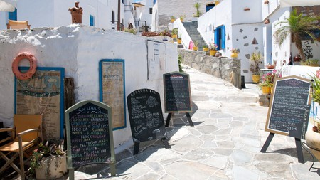 Sifnos is not short on excellent restaurants showcasing the island's rich culinary legacy