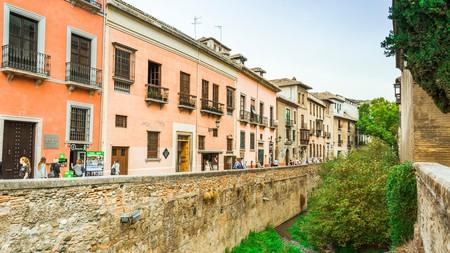 Carrera del Darro makes for a grand Granada walk
