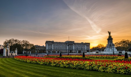 Stay near Buckingham Palace for a royal experience on your next trip to London