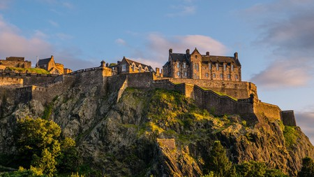 Catch a sunset over Edinburgh Castle, then relax in your room at these nearby hotels
