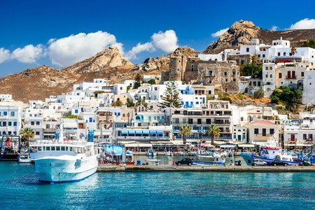 Naxos in the Cyclades draws in visitors year after year with its top attractions and beautiful beaches