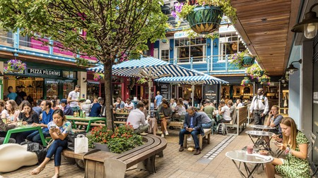 They may be on their phones, but only to tell people to eat in Kingly Court