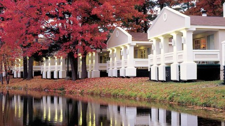 Paradise Stream Resort in the Poconos is the perfect place for a romantic stay