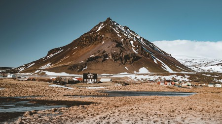 Take a road trip through Iceland's Snæfellsnes Peninsula and discover awe-inspiring landscapes like these