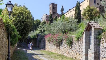Explore Cortona on foot, and stroll down Via Santa Margherita