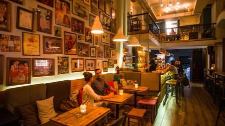 Mavros Gatos is a popular cafe bar in Nafplio