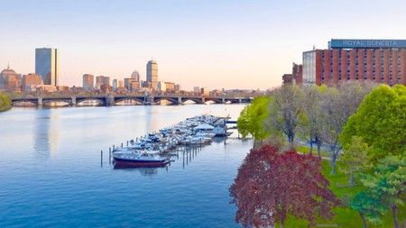 Relax by the river and soak up city skyline views at these hotels near Harvard University