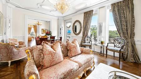 Enjoy Victorian-era design at the stunning Fairmount Hotel