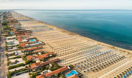 Marina di Pietrasanta is a sea of sunloungers and umbrellas