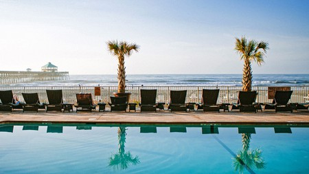 Tides Folly Beach Hotel is a smart choice, whatever its name suggests