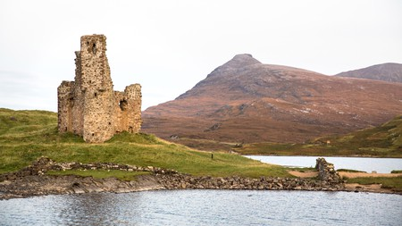 From ancient days to modern times, the Highlands are full of historic places to visit like Ardvreck Castle
