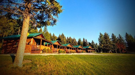Escape from the hustle and bustle of the city with a rustic getaway in Montana
