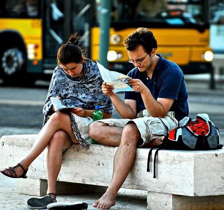 Tourists reading l