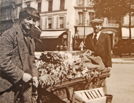 Surrealist painter Pablo Picasso and Moise Kisling in Paris | © Lisstaylor/WikiCommons