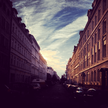 The sun sets on Arndtstraße. I love the light that colors the street and the sky. I'm there every day.