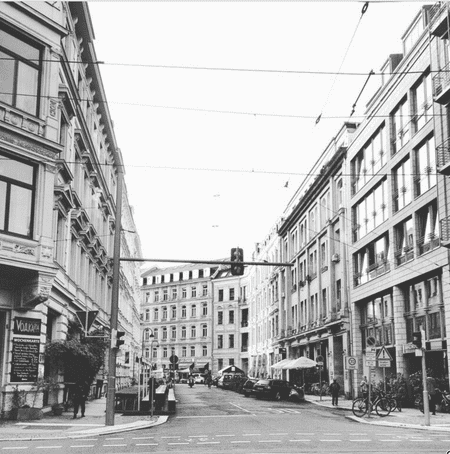 This picture shows part of Gottschedstraße. Here you can find many bars, pubs and theaters.