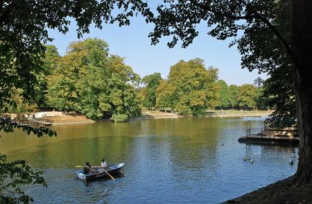 Bois de la Cambre à Bruxelles ,vue sur le lac depuis l'ile Robinson   Stephane Mignon/Flickr