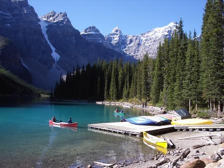 Moraine Lake at Banff National Park   ©Pascal/Flickr