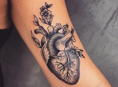 Image of: Cute Tattoo By Andrea Revenant Andrea Revenant Culture Trip The 10 Best Tattoo Artists In Los Angeles
