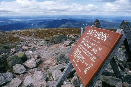 Northern terminus of the trail atop Mount Katahdin in Maine | © kworth30/Wikicommons