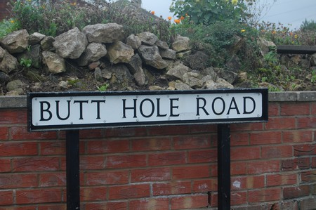 Butt Hole Road, Conisbrough ©David Locke/Flickr
