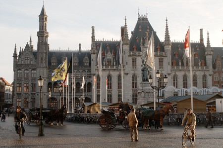Horses and carriages on the Grote Markt | © Richard Barrett-Small/Flickr