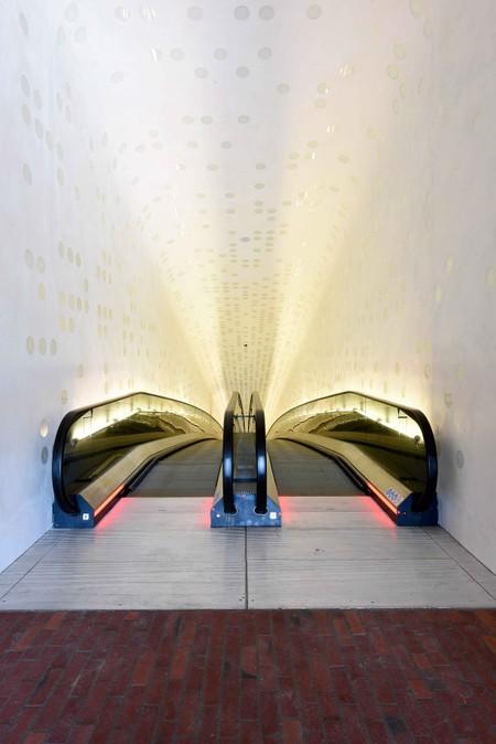 Hamburg S New Elbphilharmonie Is A Glittering Modern Masterpiece