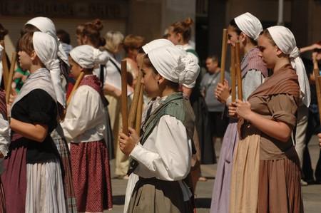 Basque girls dancing