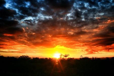 Sunset at Chapada   ©Karina M Roque / Wikimedia Commons