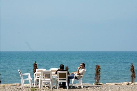 Relaxing by the Caspian   © Beshef / Flickr