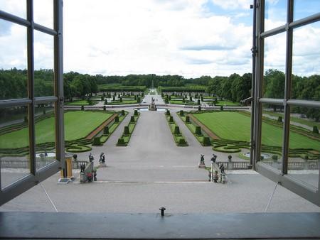 Sweden's King and Queen live at Drottningholm