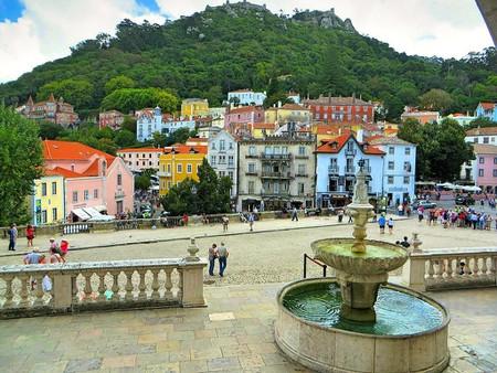 https://commons.wikimedia.org/wiki/File:Vista_de_Sintra1.jpg