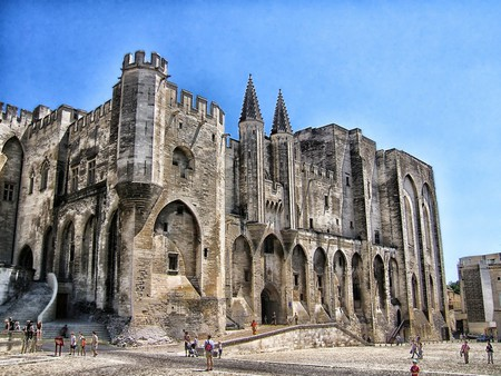 The Story Behind Palais Des Papes The World S Largest Medieval Gothic Palace